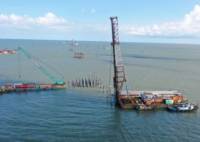 FLYING PILING BARGE
